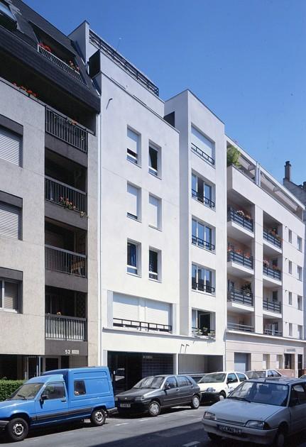 LOEIZ CARADEC ET FRANCOISE RISTERUCCI ARCHITECTES. SARL ARCHITECTURE ET URBANISME. 6 IMPASSE DE MONT-LOUIS. 75011 PARIS. HABITAT. 28 LOGEMENTS. 75020 PARIS