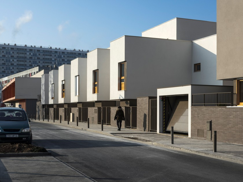 LOEIZ CARADEC ET FRANCOISE RISTERUCCI ARCHITECTES. SARL ARCHITECTURE ET URBANISME. 6 IMPASSE DE MONT-LOUIS. 75011 PARIS. HABITAT. 49 LOGEMENTS COLLECTIFS. ZAC DE LA TOUR. ILOT 3B. LA COURNEUVE